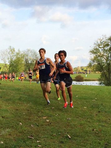 Boys cross country gears up for upcoming playoff races