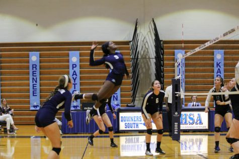 Girls volleyball sets a path to the playoffs