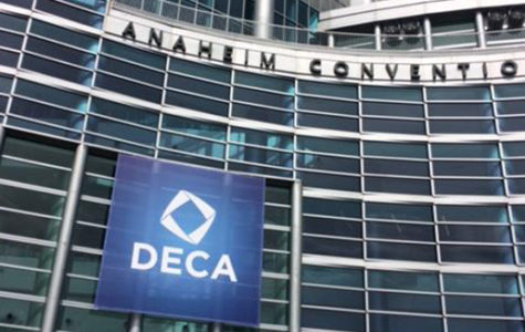 DECA flies to compete in California