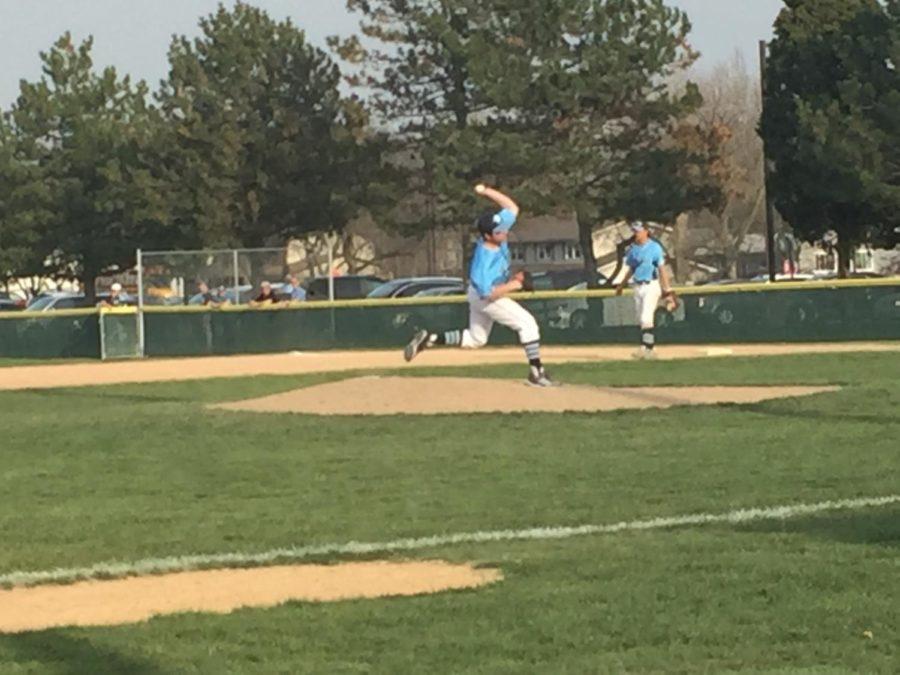 Mustangs split baseball games with Warriors