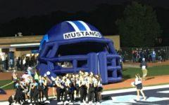 Inflatable helmet 'blows' DGS football away