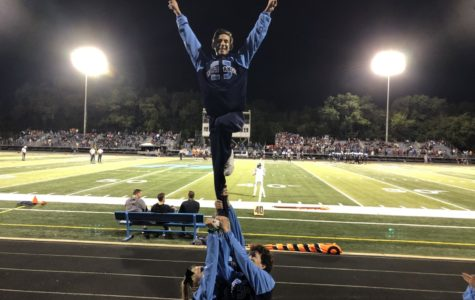 Medina makes his mark: Sophomore becomes first male flyer in DGS history