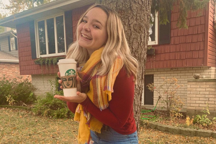 A PSL in hand, this girl is ready for the fall season.