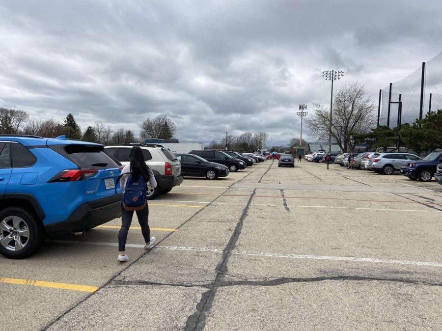 Students struggle to find places to park due to the overcrowding in the senior parking lot.