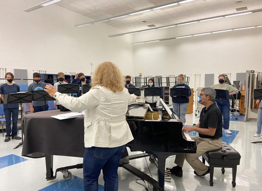 DGS choir prepares for upcoming concert amid COVID-19 protocols
